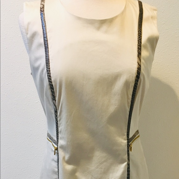 Calvin Klein Dresses & Skirts - Calvin Klein Light Beige Sleeveless Zipper Front